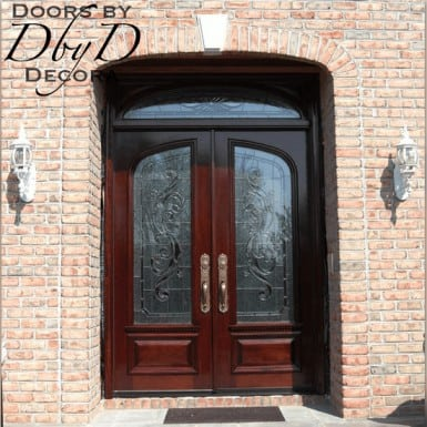 This country french entry unit features traditional leaded glass.
