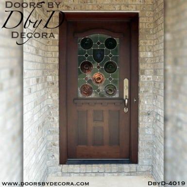 craftsman door with pub glass