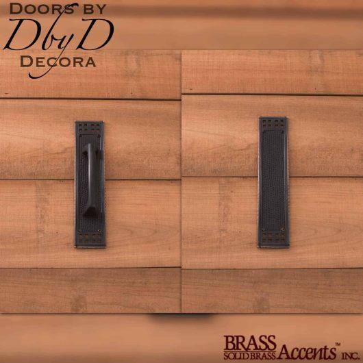 Brass Accents Arts & crafts push/pull set.